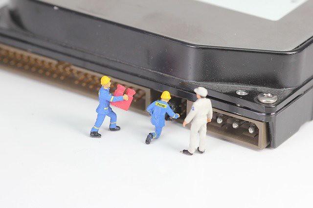 computer-3293875_640