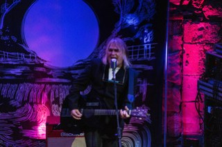 Mike Peters - The Caves Edinburgh 2019