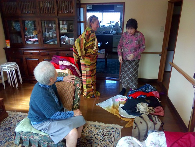 Trying on kimonos at Miyako's house by bryandkeith on flickr