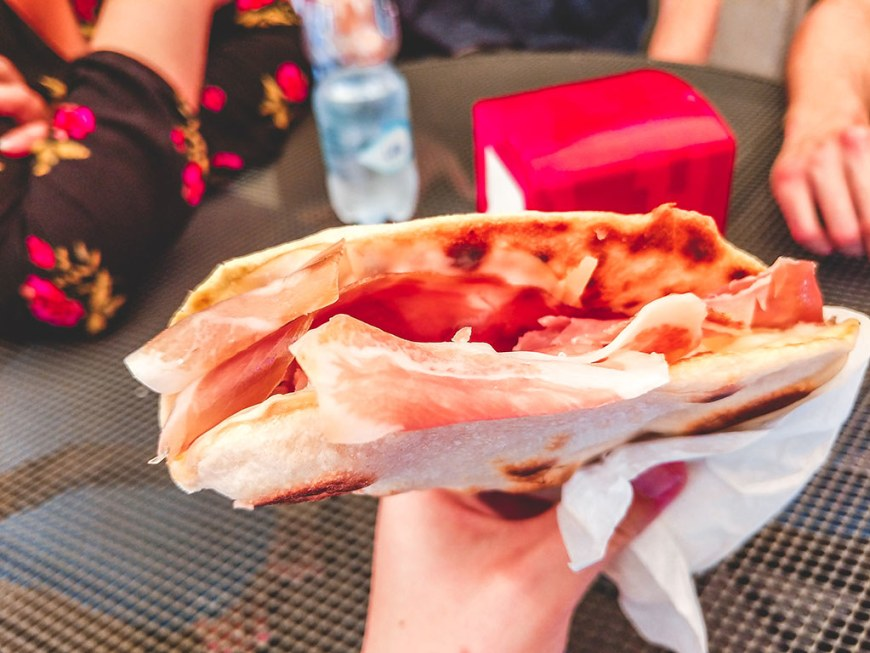 proscuito-crudo-patate-and-scamorza-from-la-tuo-piadina