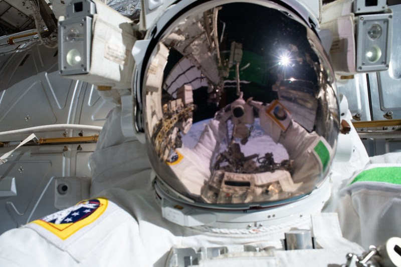 "Astronaut Luca Parmitano takes a ""space-selfie"""