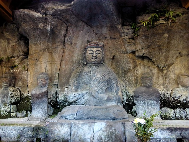 Furuzono Stone Buddhas (Furuzono-sekibutsu) by bryandkeith on flickr