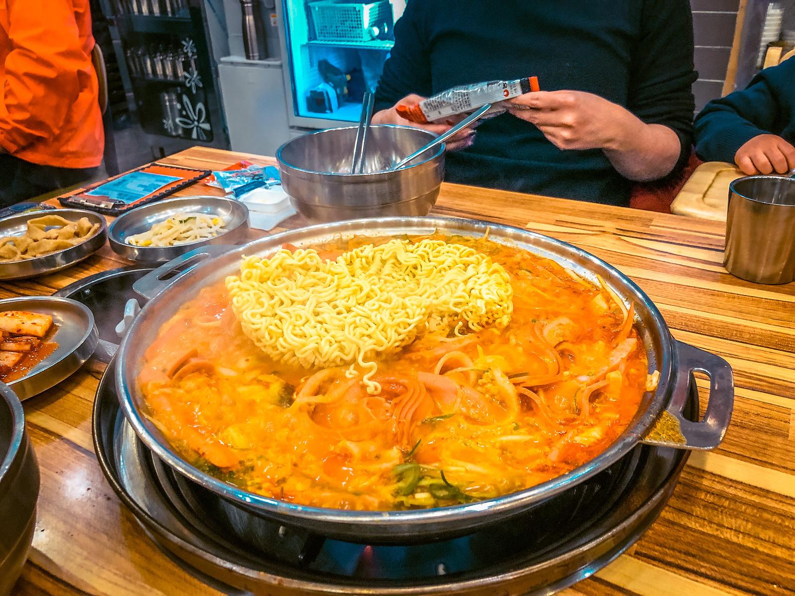 Budae Jjigae (부대찌개)   Things to eat in Korea