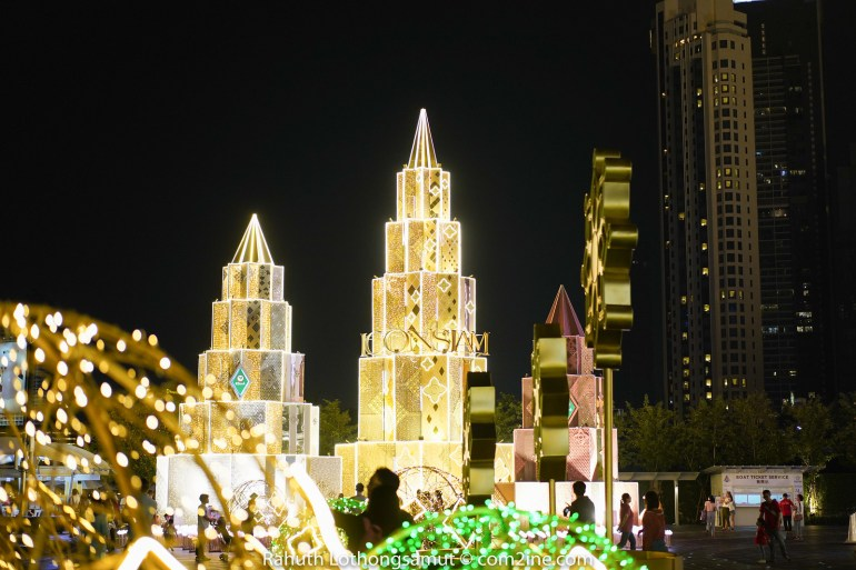 ถ่ายต้นไฟคริสต์มาส ถ่ายไฟปีใหม่ 2020 - ICONSIAM ไอคอนสยาม