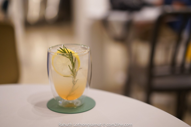 Peach Soda เมนู ARCH Cafe - คาเฟ่ติด บีทีเอส ปุณณวิถี