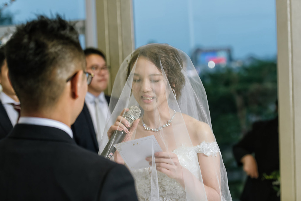 中婚攝/台中萊特薇庭婚禮紀錄-辰群&薏汶