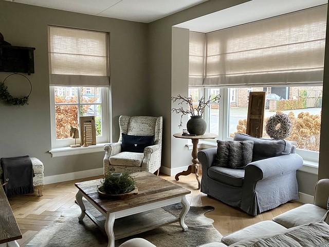 woonkamer landelijk met kleur