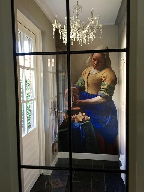Fotobehang hal melkmeisje stalen deur