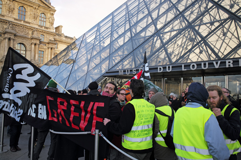 20a17 Louvre_0016 variante Uti 485