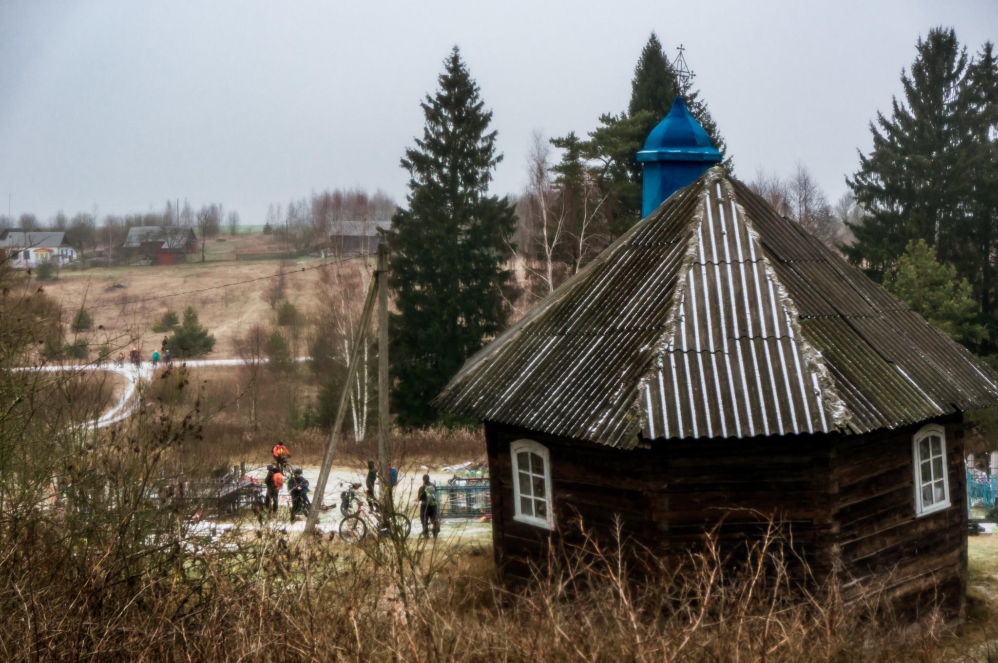 Кладбищенская часовня в д. Любно