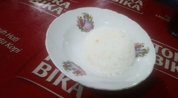 porsi-nasi-sate-bu-ratna-karangpandan