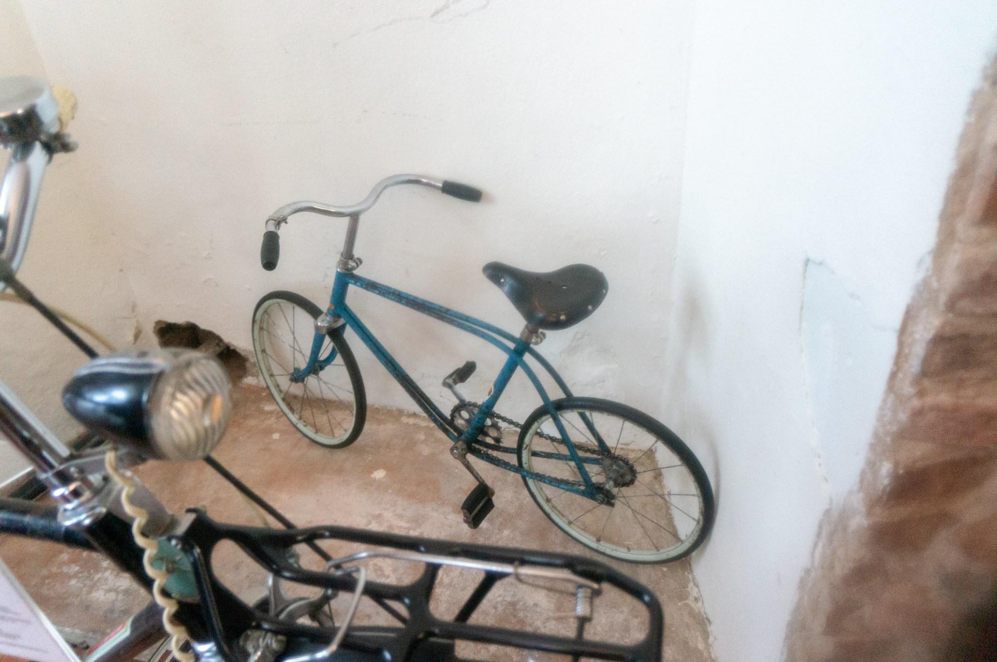 Выставка ретровелосипедов в Миру