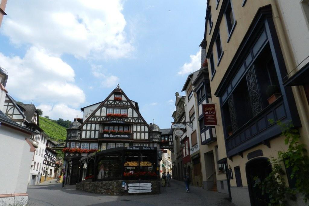 edificio Alte Bauernschanke Assmannshausen Valle del Rin Alemania 01