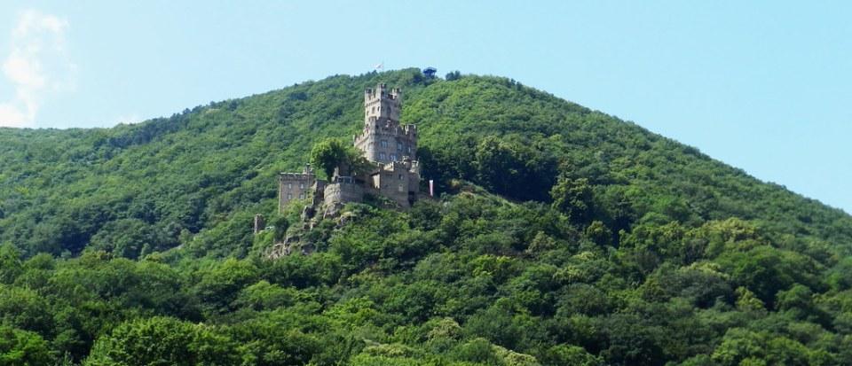 Castillo Sooneck burg Niederheimbach Valle del Rin Alemania 01