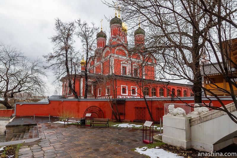 Палаты бояр Романовых, Москва, Знаменский собор