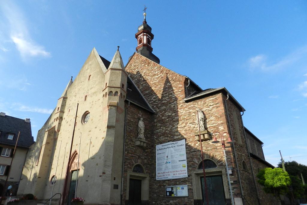 exterior Iglesia de Santiago el Mayor St. Jakobus Rudesheim Valle del Rin Alemania 01