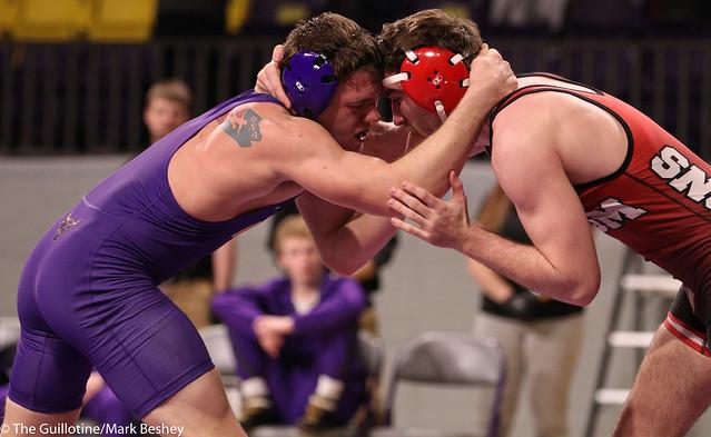174-No. 10 Zach Johnston (MSU) dec. Evan Foster, 8-6 - 200206mb0133
