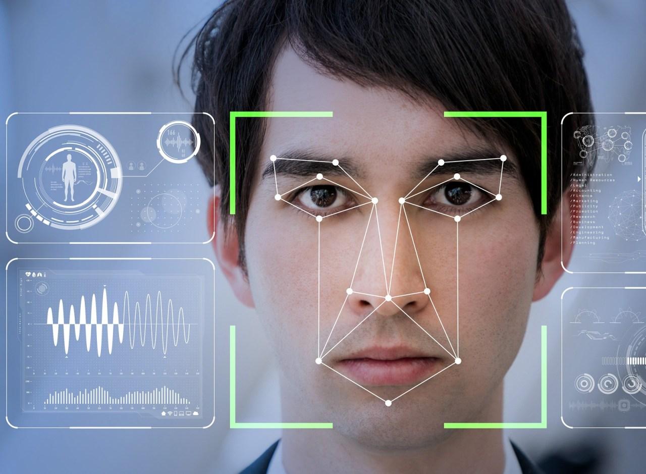 肺炎疫情升溫 用AI、臉部辨識科技追蹤可能患者
