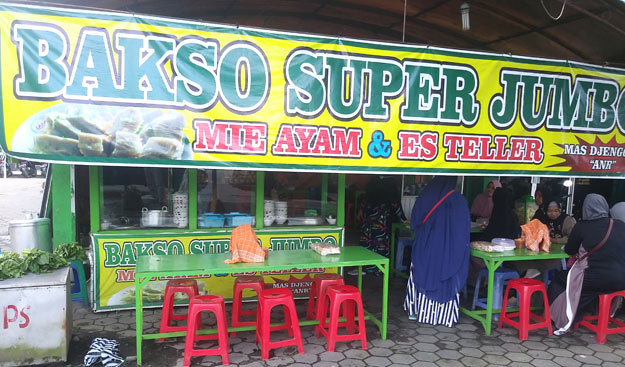 bakso-super-jumbo-mas-jenggot-palur