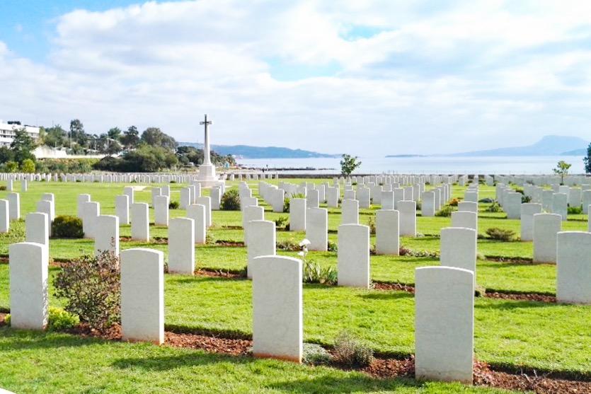 Haniasta autolla: Liittoutuneiden hautausmaa