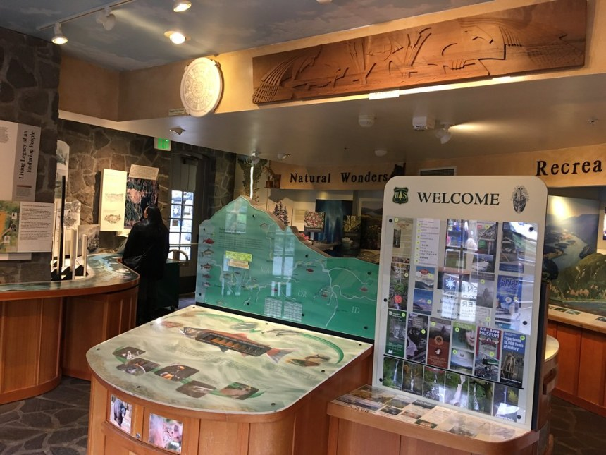 Multnomah Falls Lodge Visitor Center