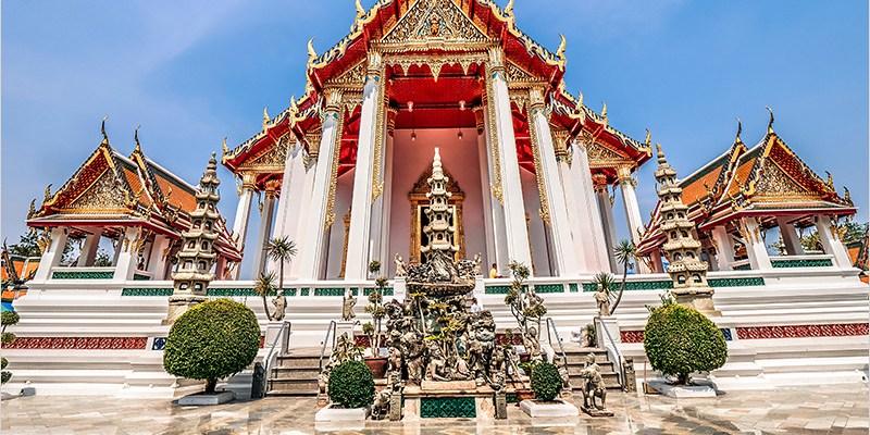 泰國曼谷蘇泰寺 Wat Suthat | 泰國一級王室寺廟,曼谷紅色大鞦韆,來曼谷不能錯過的打卡聖地。