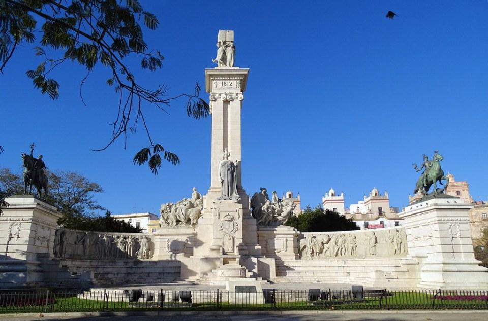 Monumento a la Constitucion de 1812 o de las Cortes Plaza de España Cadiz 02