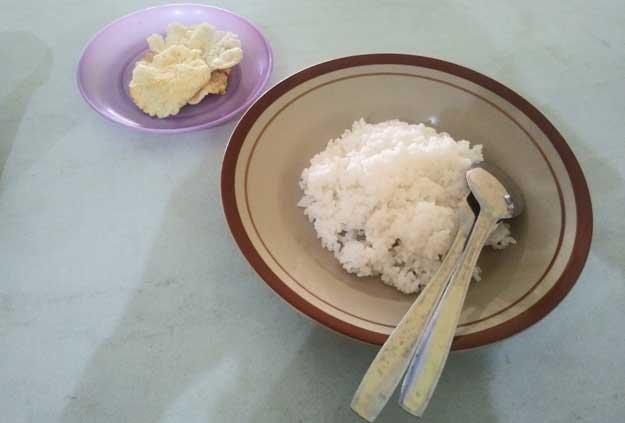 satu-piring-nasi