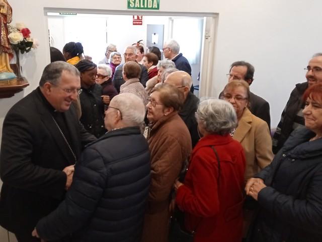 Visita Obispo a San Benito Menni