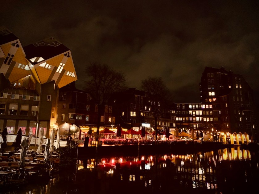 Rotterdam Daily Photo: Harbour lights, cafe lights!