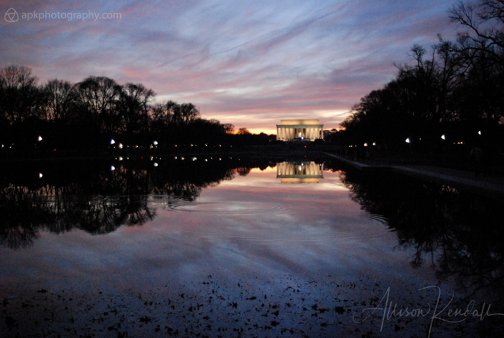 Lincoln Memorial and reflecting pool, sunset