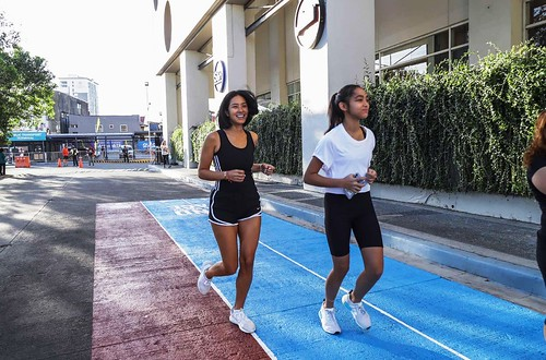 SM Southmall launched the Joggers' Lane, the first mall perimeter running track in the South – in partnership with Boysen and Unilever