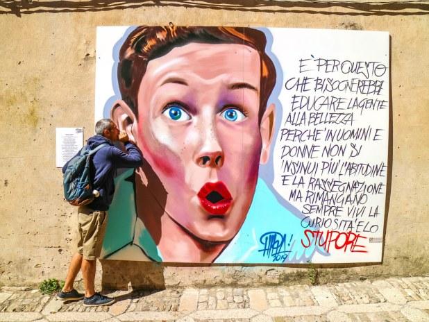 Muestras de arte urbano en Sicilia