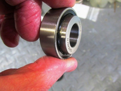 Front Face Of New Bearing Has A Sleeve