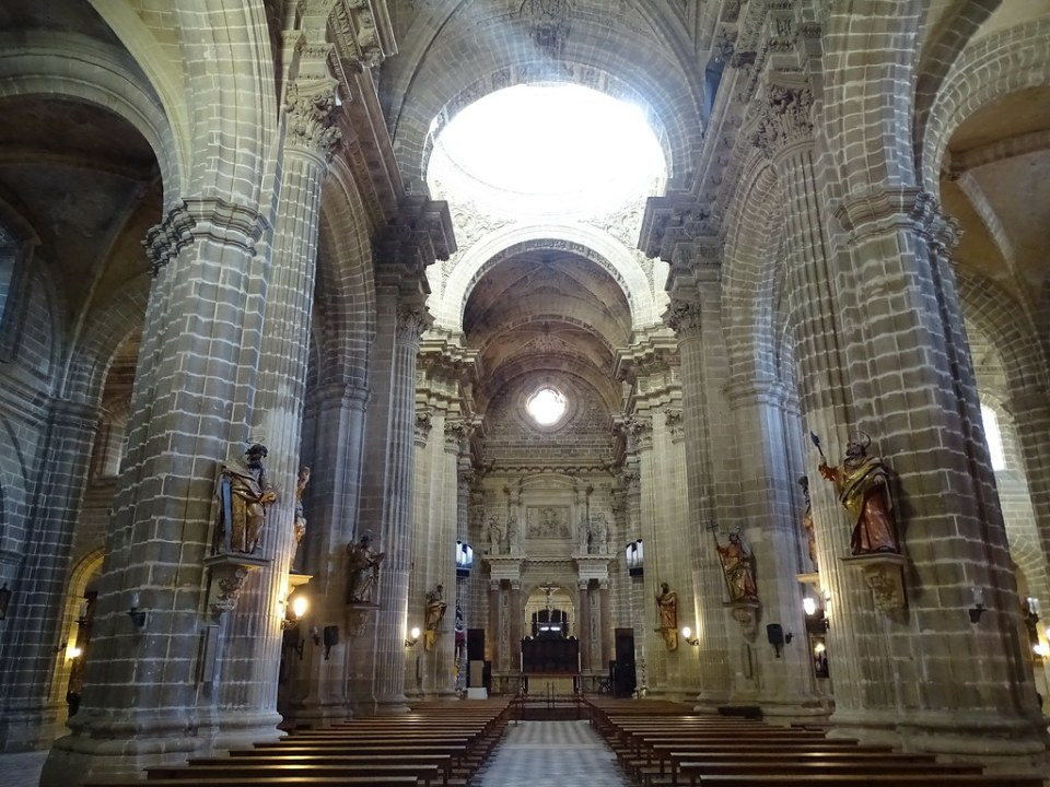 altar Mayor interior Catedral de Jerez de la Frontera Cadiz 01