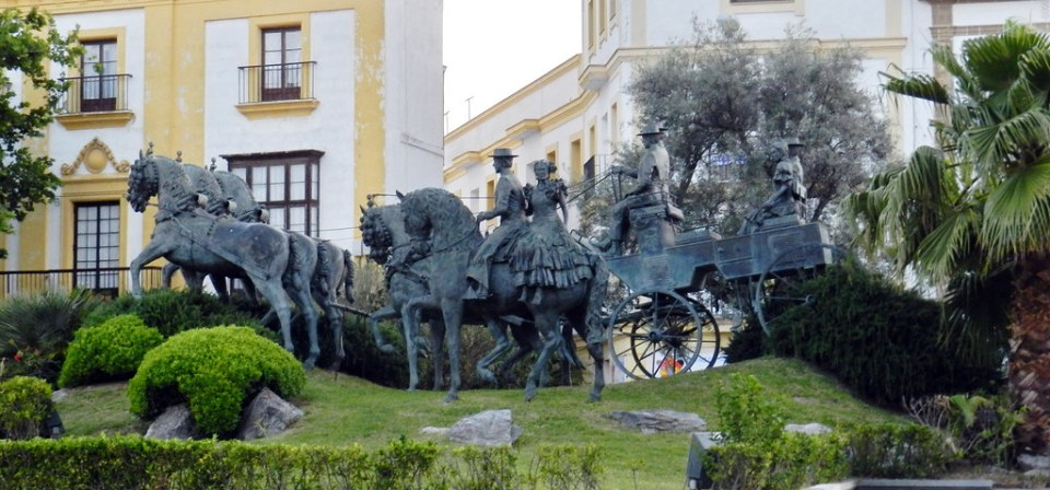 Monumento a Enganches y Jinetes escultura en bronce Plaza Nuestro Padre Jesús de la Sentencia Jerez de la Frontera Cadiz