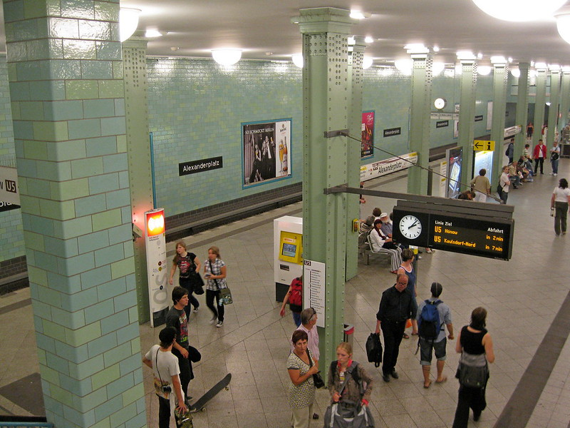 IMG_4090 Berlin, S-Bahn Station Alexanderplatz