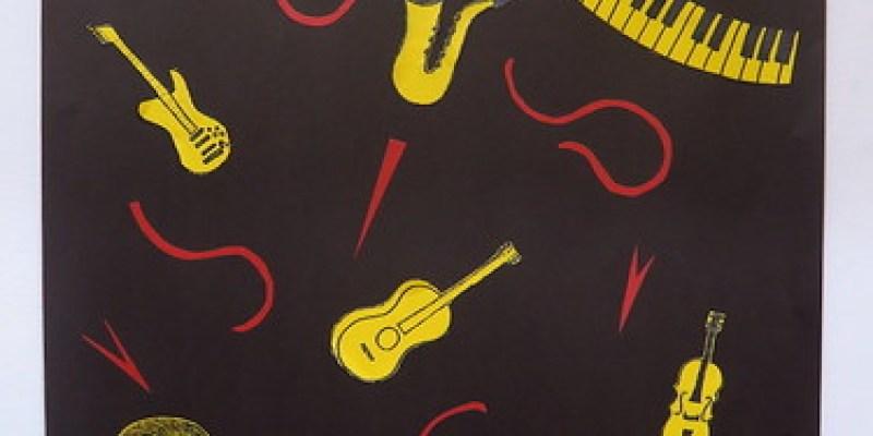這個下午與女兒一起做「班級音樂會」海報(15.8ys)