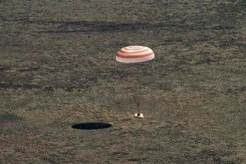 Expedition 62 Soyuz Landing (NHQ202004170007)