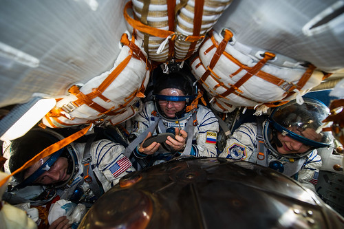 Expedition 62 Soyuz Landing (NHQ202004170028)