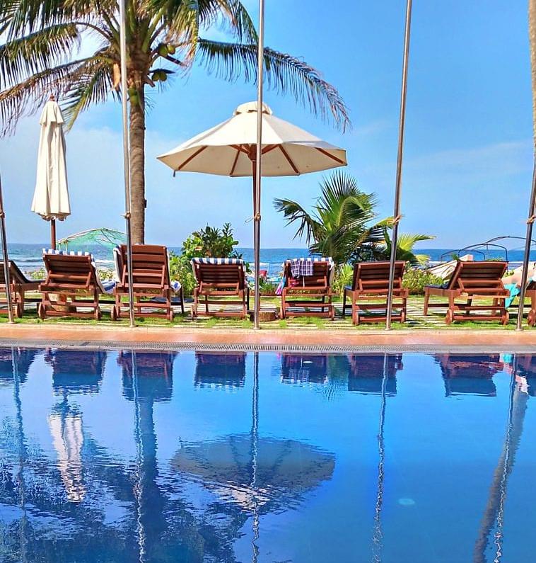 Pool-@-Coral-Sands-2
