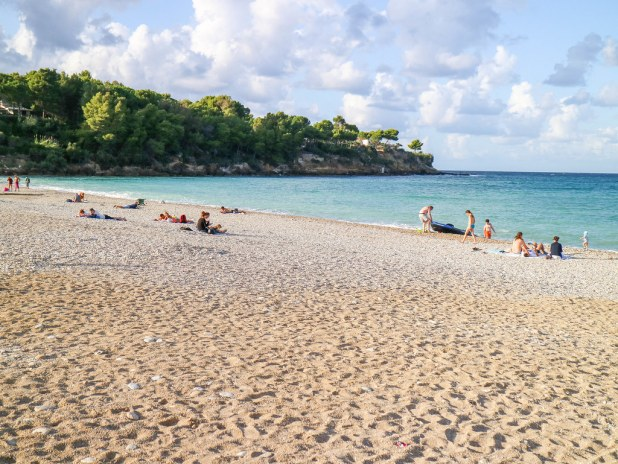 Playa guidaloca es un lugar de baño cerca de la Tonnara di Scopello en Sicilia