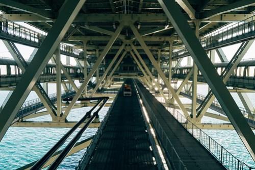 Akashi Kaikyo Bridge (明石海峡大橋), Kobe, Japan