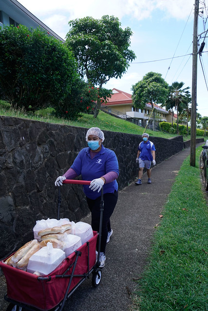 YMCA members delivering food
