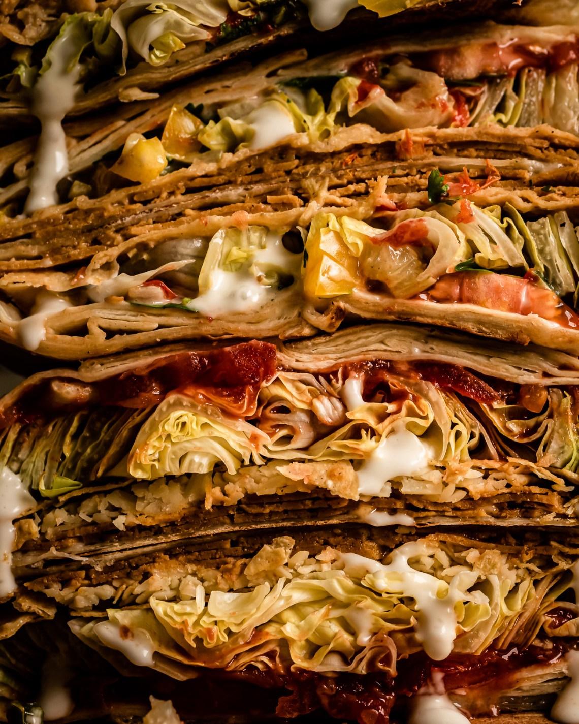 vegaaninen crunchwrap supreme
