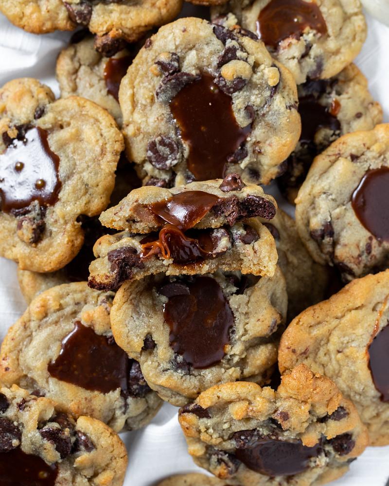 Caramel Chocolate Chip Cookies BLOG (14 of 15)