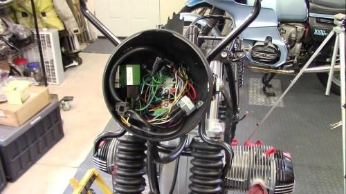 Headlight Installed In Top Fairing Bracket