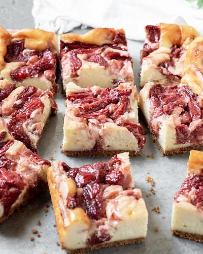 Roasted Strawberry Cheesecake BLOG (4 of 12)