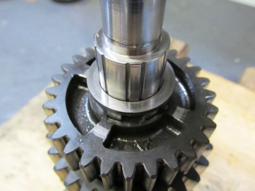 Output Shaft 5th Gear Washer Flat Face Points Up