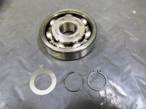 Output Shaft 5th Gear Ball Bearing with Hardware To Secure Bearing On Shaft